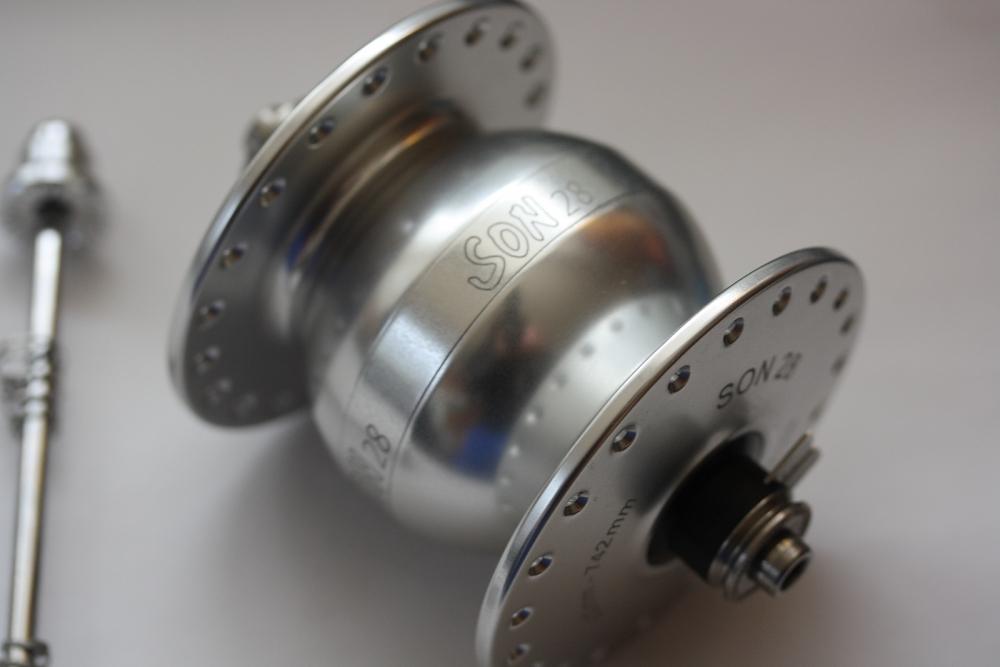 Tandem Nabendynamo Son 28 Neu silber eloxiert 40 Loch für V-Brake